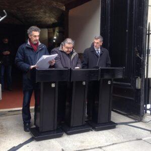 L'attore-regista John Turturro (a sinistra) e il giornalista Andrea Fiano durante la lettura