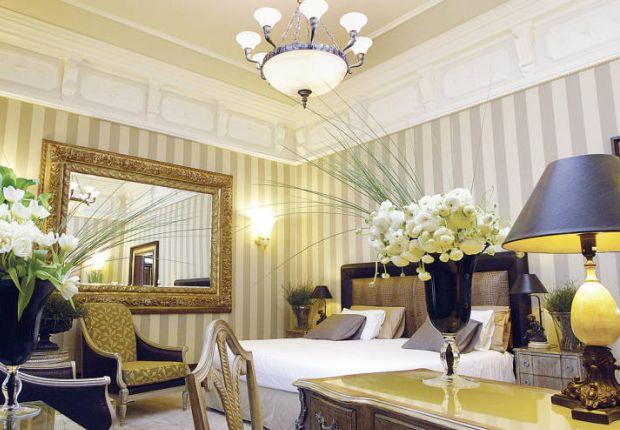 Una camera dell'Hotel Boscolo Exedra di Roma
