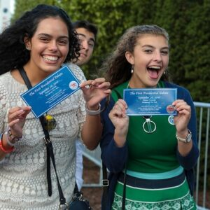 hofstra-students-hillary-trump-tickets