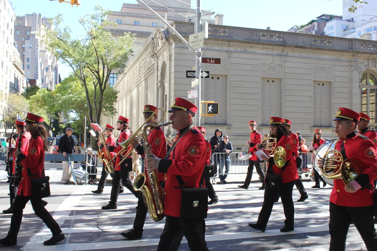 Andretta Cultural Society from Harrison, NY. Banda Musicale con Majorettes Città di Andretta.