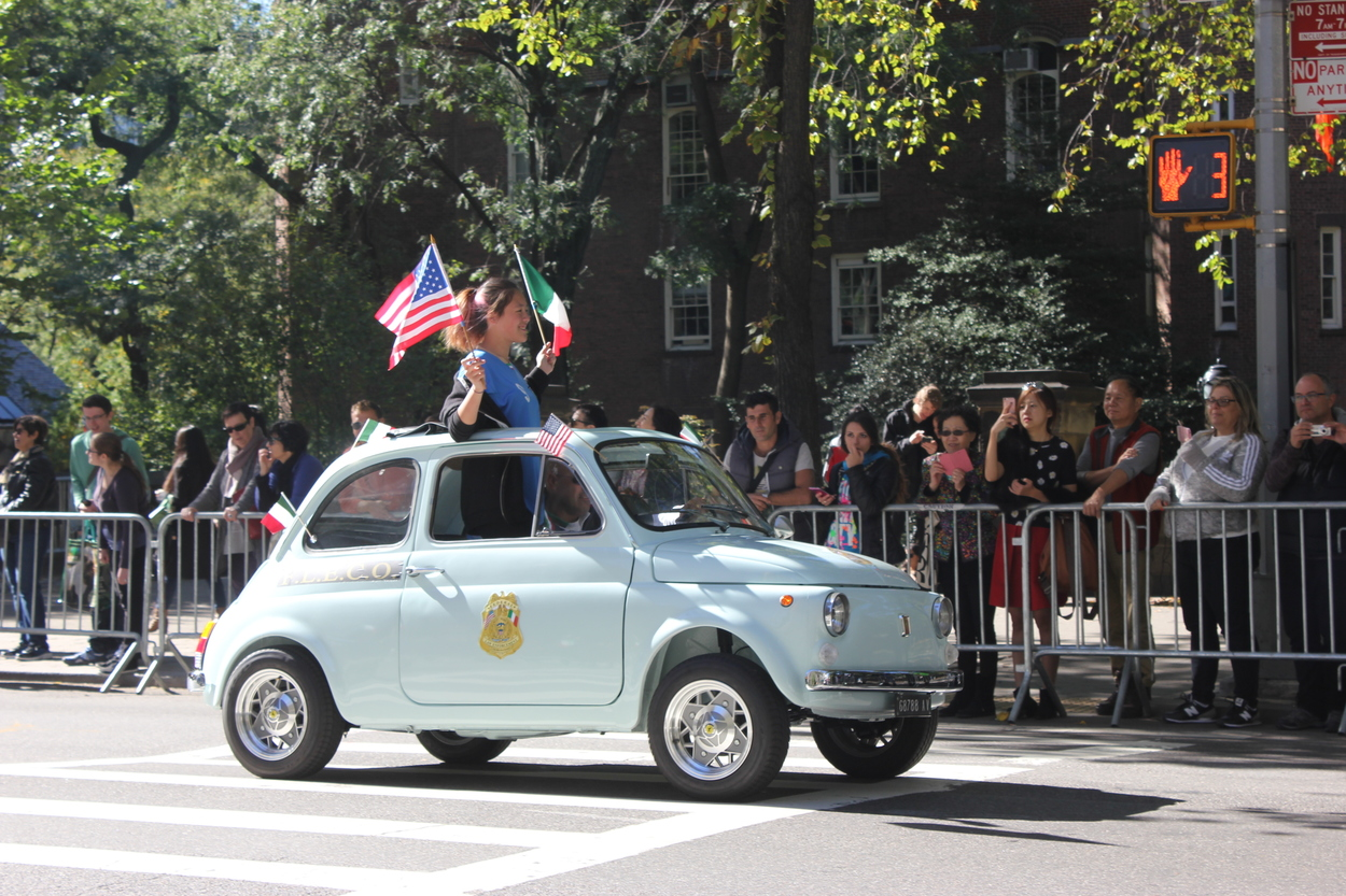 19. F.L.E.C.O. Federal Law Enforcement on an old Fiat 500.