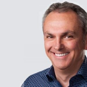 Luca MAestri, CFO Apple