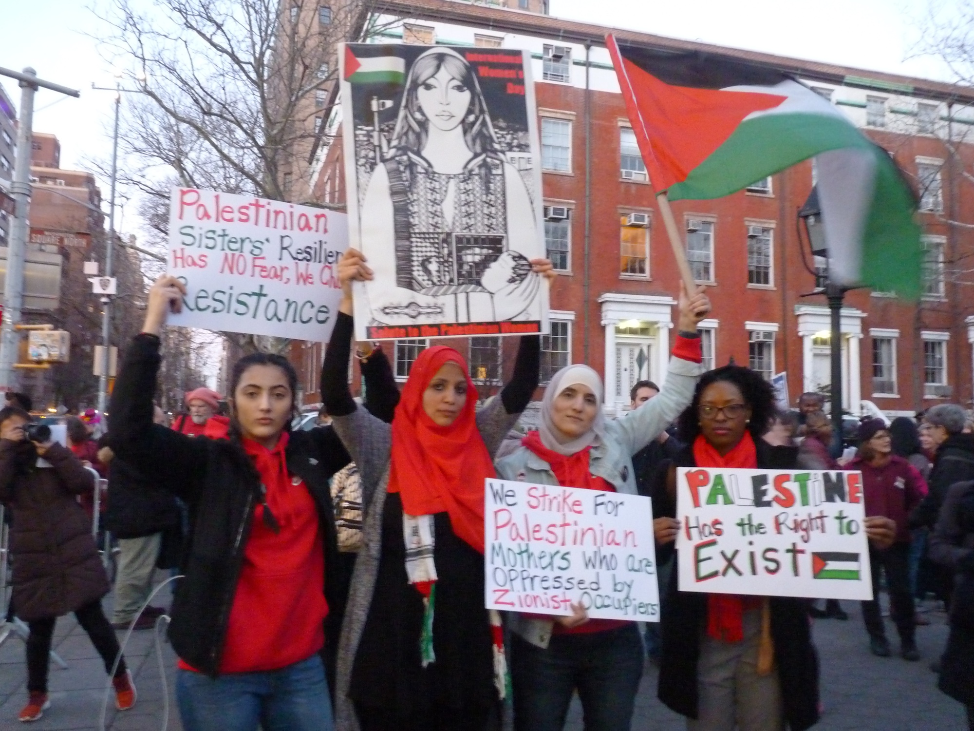 Women March NYC palestinesi