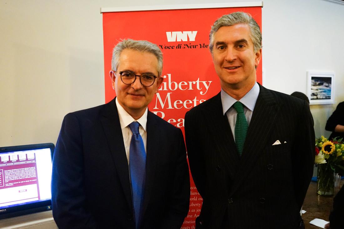 Stefano Vaccara con il console generale Francesco Genuardi. Foto: Lucy Sergent Lyons