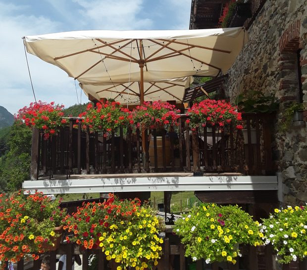 """L'agriturismo """"Il Girasole"""" a Limone Piemonte"""