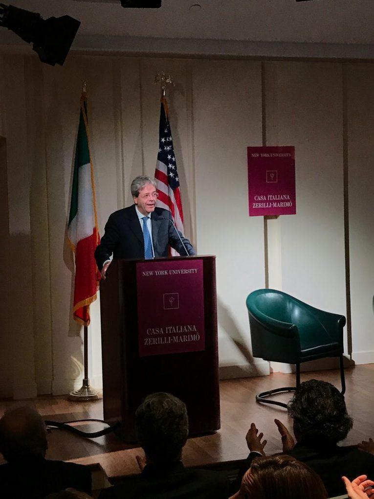 Gentiloni il presidente educato che piace a new york la for Veltroni casa new york