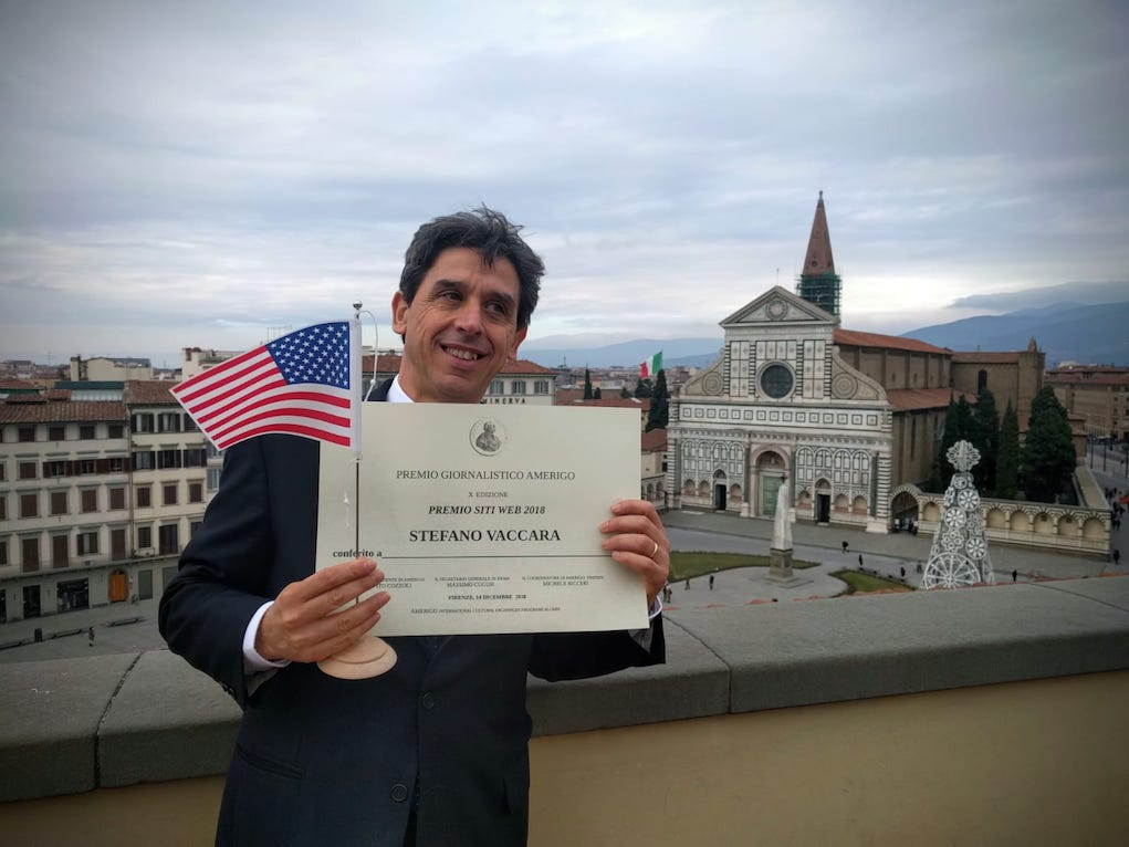 Our Publisher-partner for Italy, Emilio Pursumal, accepted the award at the General Consulate of the United States in Florence (Foto VNY)_