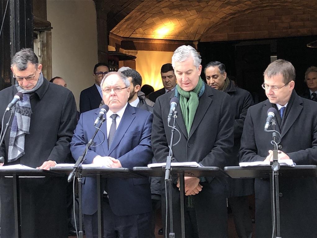 Il Console Generale, Francesco Genuardi, dà lettura dei nomi.