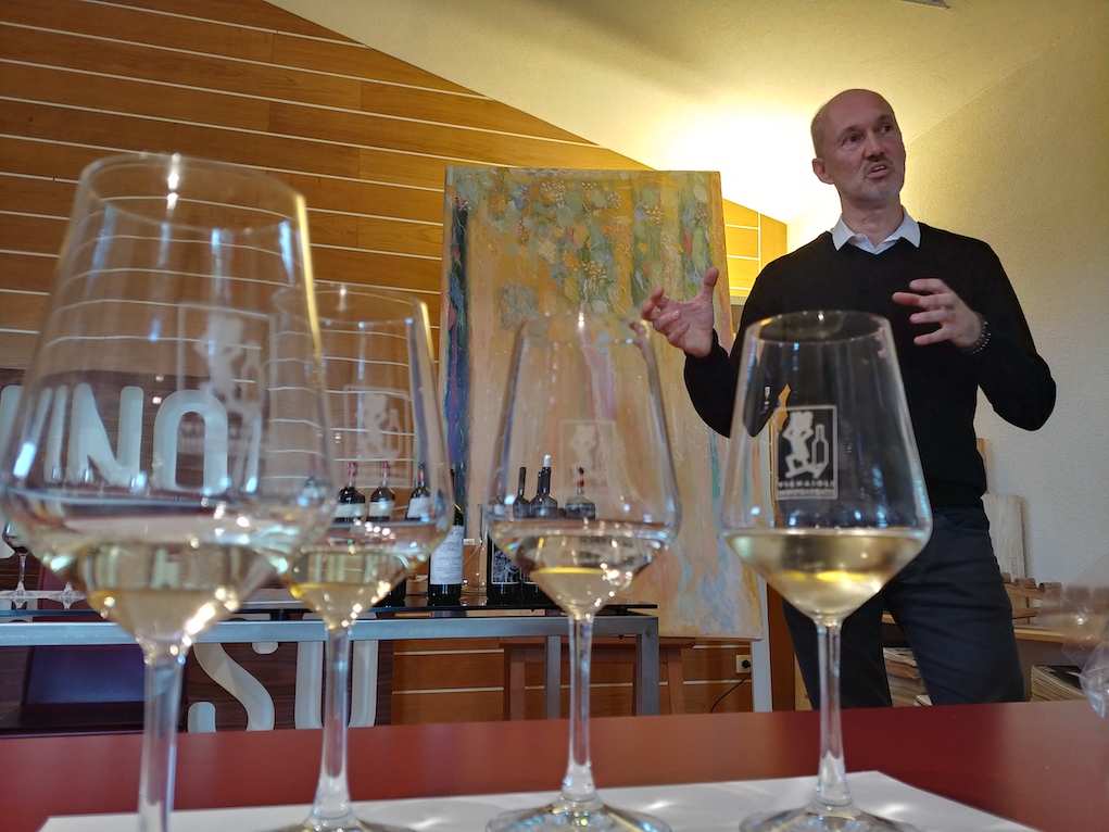 Lorenzo Palla Explaining the Differences Between the Prosecco Wines