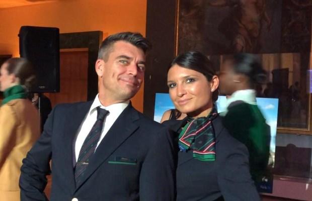 Due assistenti di volo al ricevimento in ambasciata (Jacopo e Grazia)