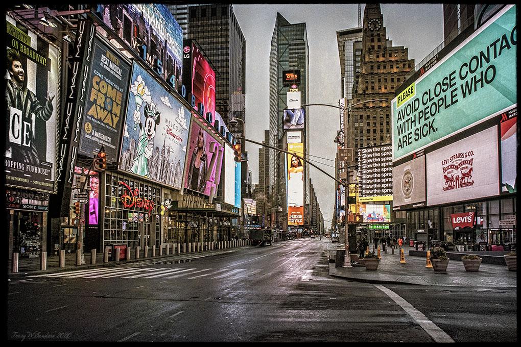 Times Square 28, marzo
