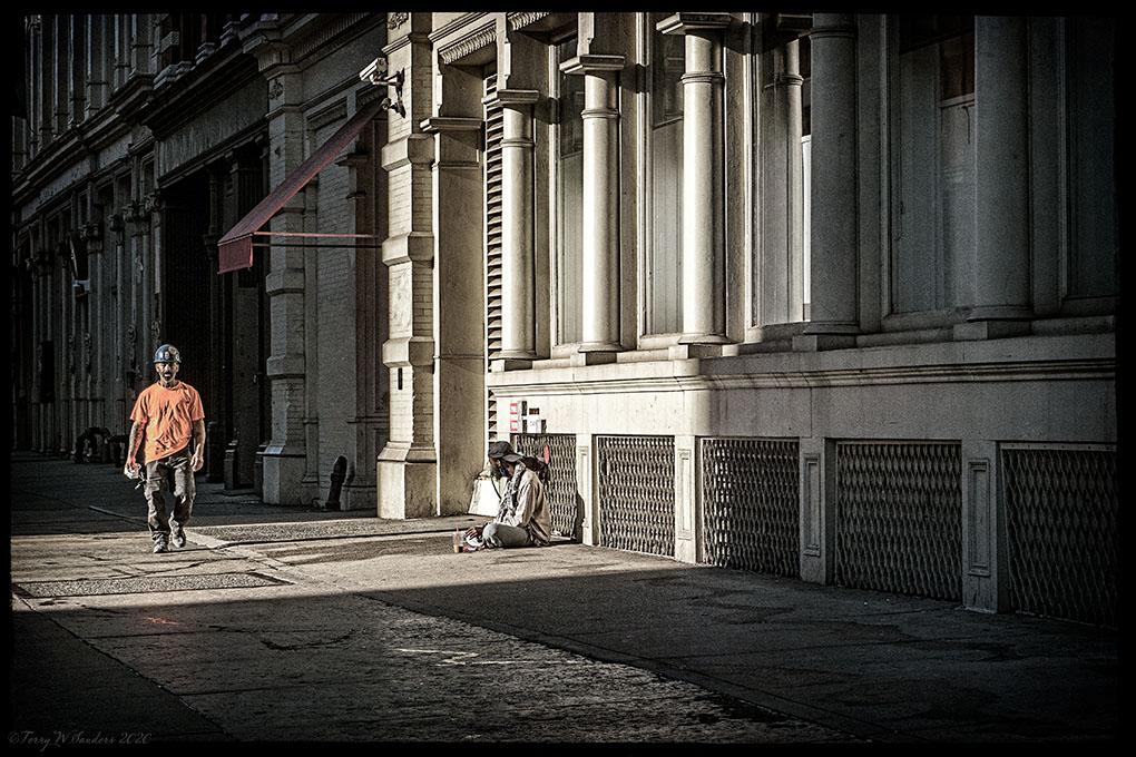 Ottobre 2020, Broadway a NoHo, New York, Il vuoto per le strade continua (di Terry W. Sanders)