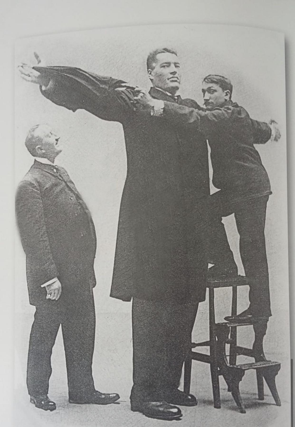 l'incredibile storia di Hugo il gigante italiano a New York