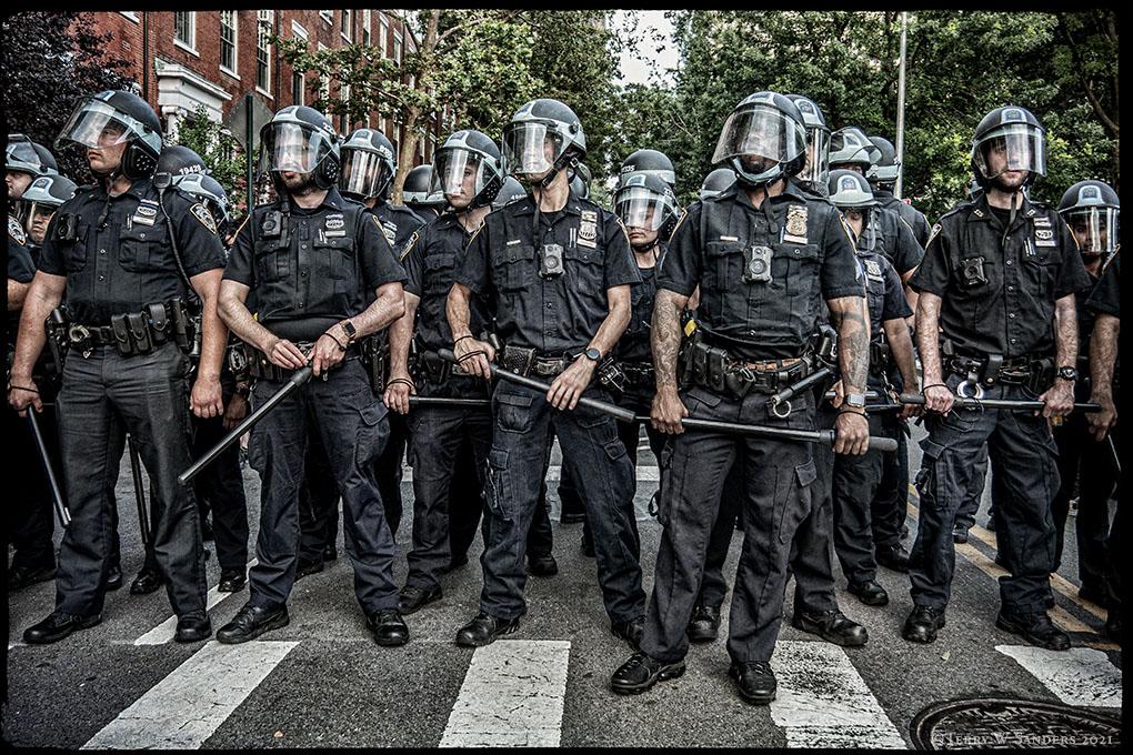 La polizia schierata a New York (Foto di Terry W.Sanders)