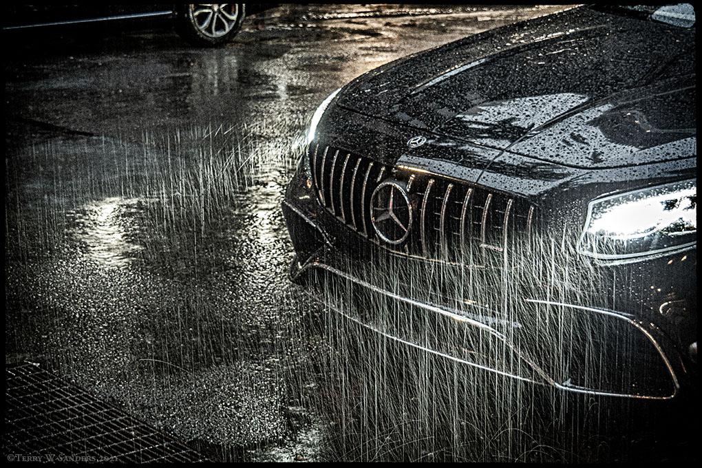 La tempesta tropicale Henri nelle strade di Manhattan (Foto/Terry Sanders)