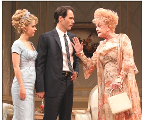 "Nella foto, Kerry Butler, Eric McCormack e Angela Lansbury in ""The Best Man"" di Gore Vidal (© Joan Marcus)"