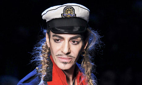Lo stilista John Galliano