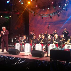 Ray Gelato durante la sua performance al Damrosh Park di Lincoln Center