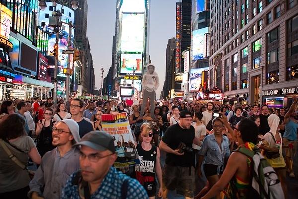 Una immagine della manifestazione in memoria di Trayvon Martin, domenica 14 Luglio a New York