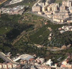 Una veduta aerea del fiume Oreto nella zona del ponte Corleone