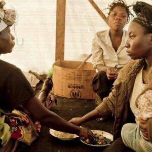 Alcune donne rifugiate nella regione del Kivu, nell'Est della Repubblica Democratica del Congo. FOTO: UNHCR/F. Noy