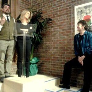 L'evento alla PRPH Book Gallery. Da sinistra: Umberto Pregliasco, la scrittrice Emanuelle de Villepin e Serena Dandini