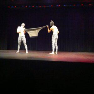 Una delle coreografie andate in scena a Long Island City