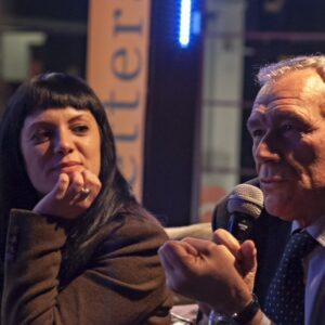 Laura Galesi, autrice di Mafia da legare, insieme a Pietro Grasso che ha firmato la prefazione del libro