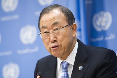 Il Segretario Generale dell'ONU Ban Ki-moon durante la conferenza stampa al Palazzo di Vetro (Foto ONU, Mark Garten)