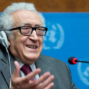 Joint Special Representative of the UN and the League of Arab States for Syria Lakhdar Brahimi durante la conferenza stampa a Ginevra (Foto Onu/Jean-Marc Ferré)