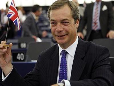 Nigel Farage, leader del partito UKIP che ha vinto le elezioni europee in Gran Bretagna
