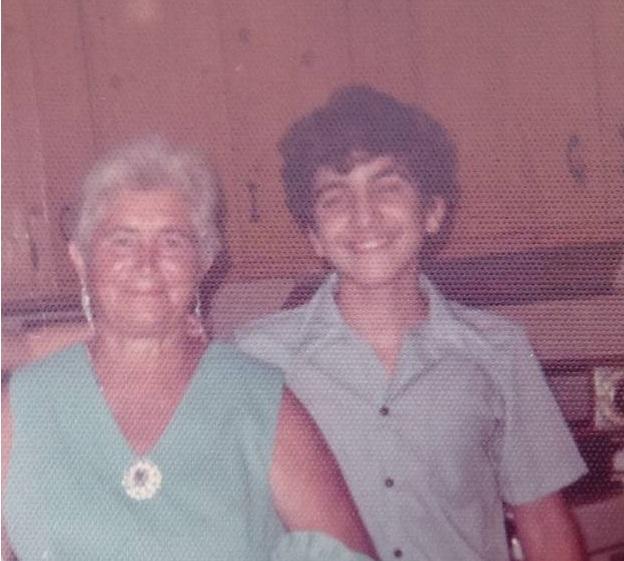 L'autore da ragazzo con la nonna