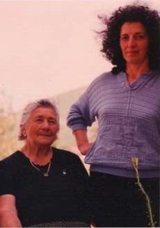 La nonna dell'autore e un'amica di famiglia