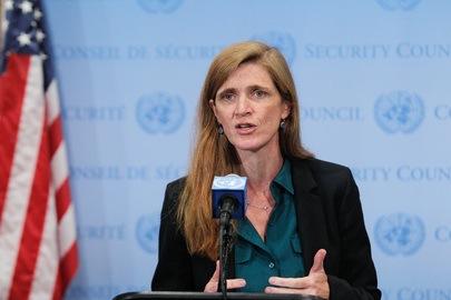 L'Ambasciatrice USA all'ONU Samantha Power, presidente del Consiglio di Sicurezza, parla ai giornalisti dopo la riunione sulla crisi in Liberia per Ebola (UN Photo/Devra Berkowitz)