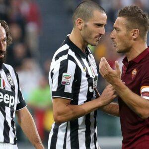 Le proteste di Totti contro le decisioni arbitrali (Getty Image)
