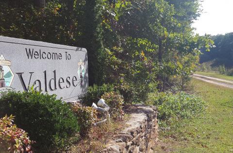 L'ingresso alla cittadina di Valdese, nel North Carolina