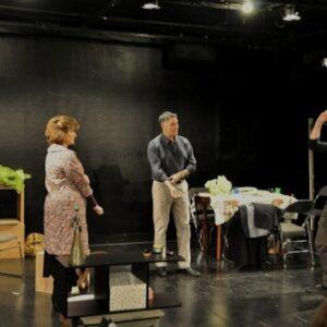 Una scena dello spettacolo Snow Orchid per la regia di Valentina Fratti. Foto: Genevieve Rafter Keddy