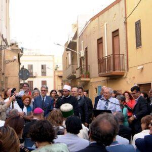 Un recente evento a Mazara del Vallo: rappresentanti delle religioni Cattolica, Ebraica, Bektashi e Musulmana hanno rivolto insieme una preghiera per la pace dei popoli