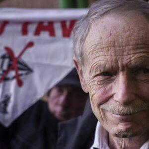 Lo scrittore Erri De Luca (foto da www.sinistraecologialiberta.it)