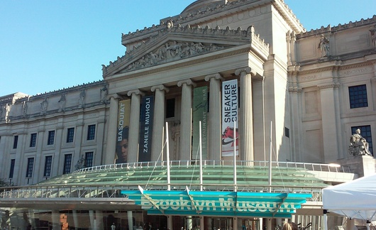 17. Il Brooklyn Museum.